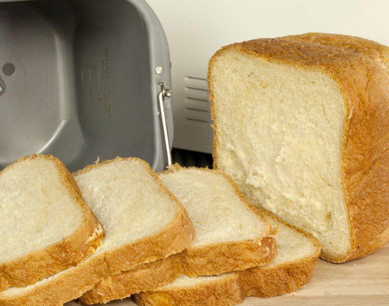 Basic White Bread (Bread Machine)